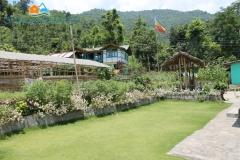 village-homestay_lawn
